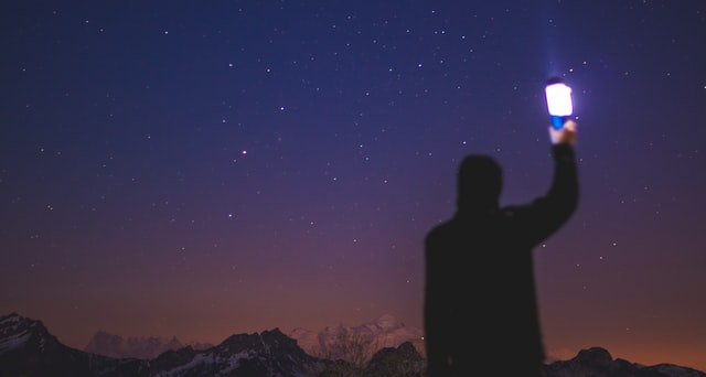 ستاره دید فروبست سیمین بهبهانی